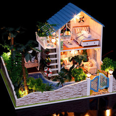 Hoomeda DIY Wood Dollhouse Miniature With LED Furniture Cover Star House