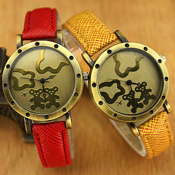 Vintage PU Band Bear Metal Case Students Watch With Numbers