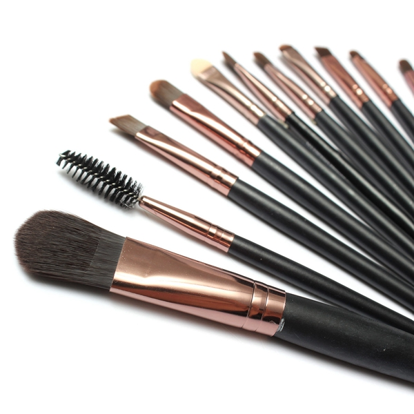 15Pcs Eye Shadow Makeup Cosmetic Foundation Powder Brushes Set