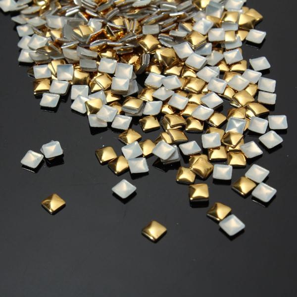 1000Pcs 3D Square Stud Metallic Gold Nail Art Decoration