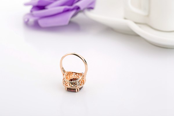 Italina 18K Rose Gold Plated Crystal Zircon Geometric Finger Ring