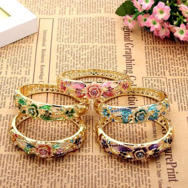 Retro 18K Gold Plated Rhinestone Bracelets Elegant Bracelets