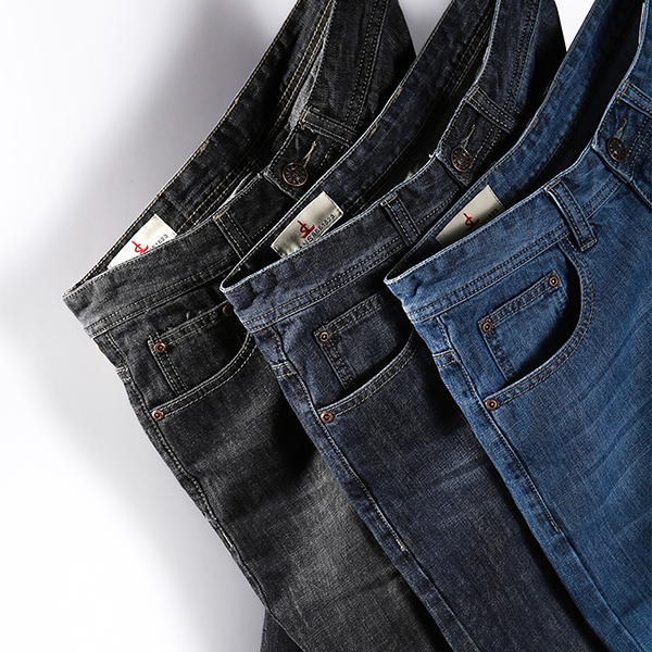 Casual Loose Straight Leg Basic Vintage Jeans for Men