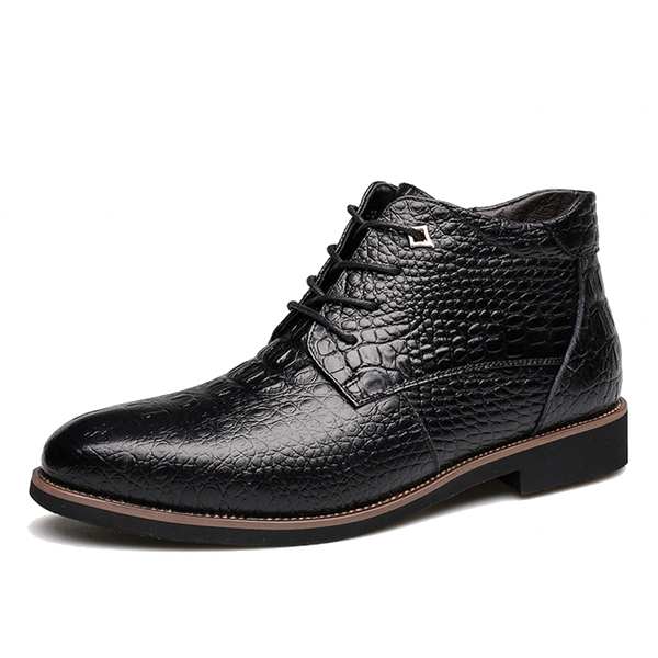 Men Lace Up Pattern Pointed Toe Leather Short Boots