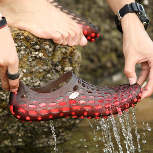 New Men Summer Casual Outdoor Flat Breathable Soft Comfortable Slip On Water Shoes