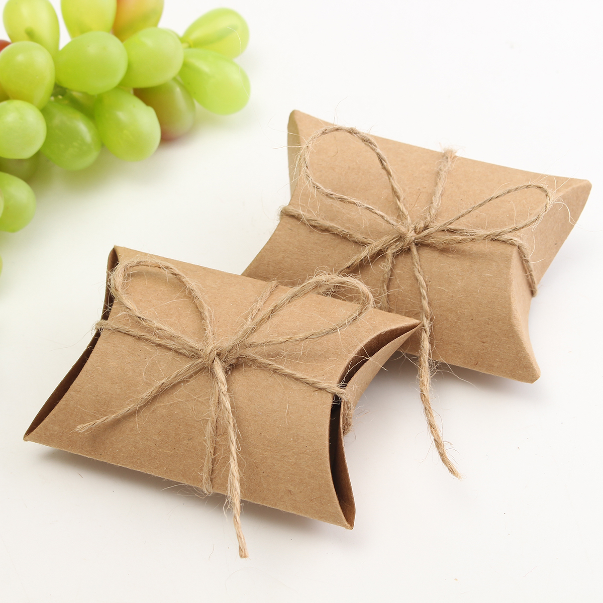 50Pcs Brown Pillow Favor Candy Boxes Kraft Paper Gift Box Wedding Party Birthday Gift Packing Bags