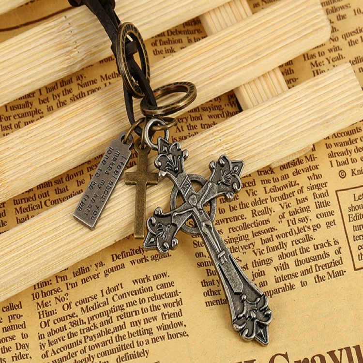 Retro Cross Pendant Necklace Hollow Rounds Leather Necklace