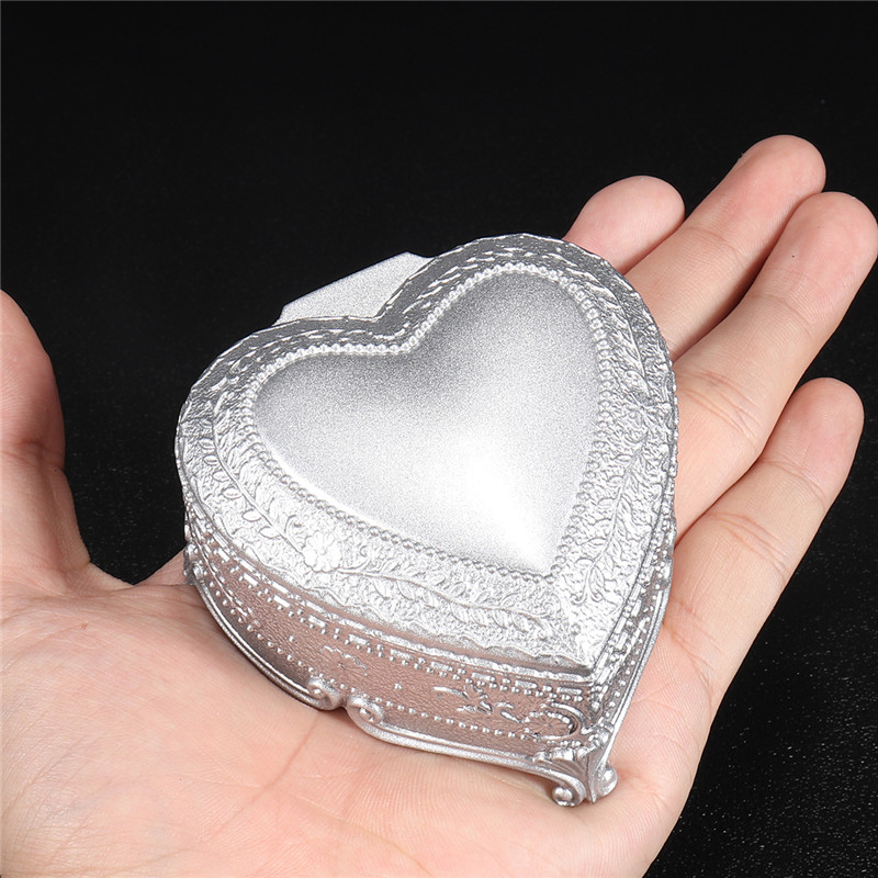 Classic Alloy Heart Shape Music Box Tone of Castle in the Sky for Home Decoration Kids Gift
