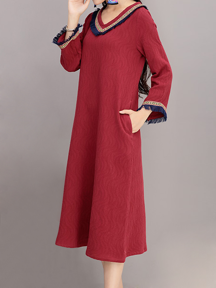 Vintage Embroidery V-Neck Tassel Long Sleeve Loose Dress