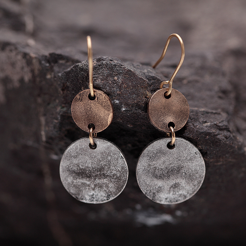Vintage Simple Circle Wafer Rugged Bronze Ear Drop Jewelry for Women