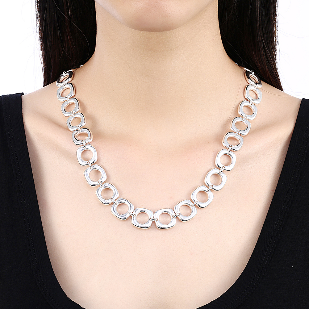 YUEYIN Elegant Diamond Simple Round Clavicle Necklaces For Women