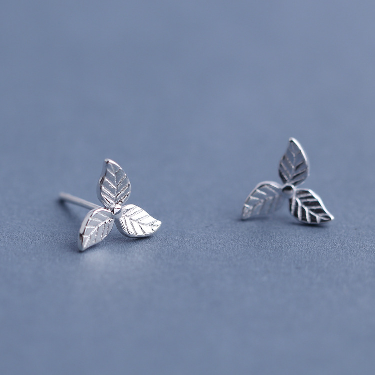Sweet 925 Sterling Silver Earrings Fashion Leaf Simple