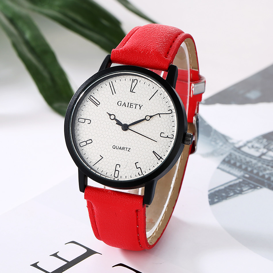 Fashion Ladies Dress Simple Black Case Leather Quartz Watch