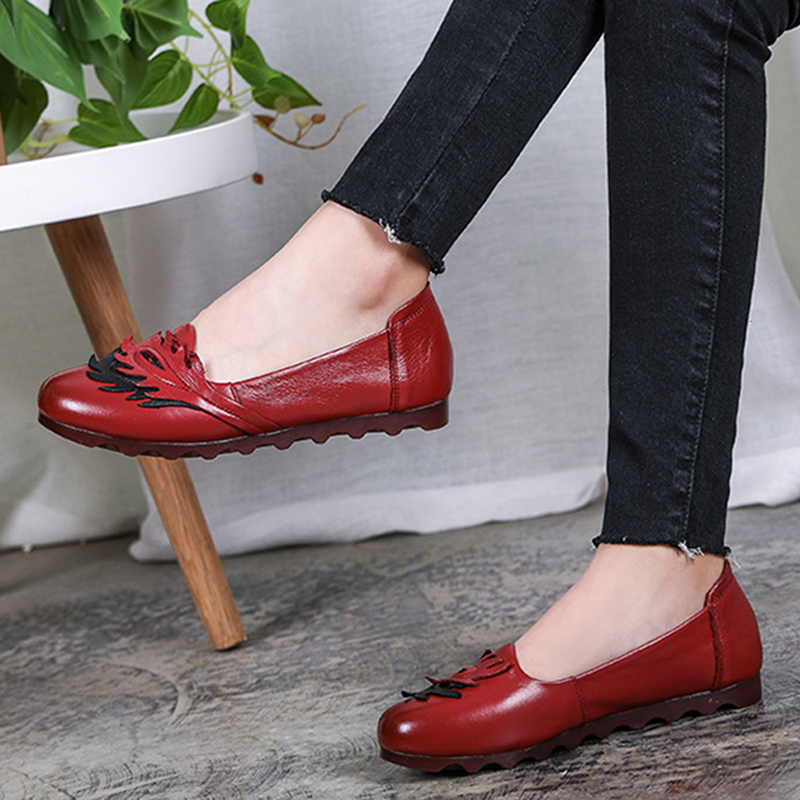 Genuine leather Leaves Pattern Comfortable Flats Shoes