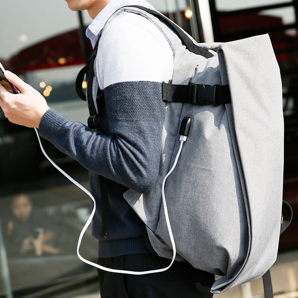 Men Nylon Anti Theft Backpack Fashion Travel Bag Laptop Backpack with USB Charging Port