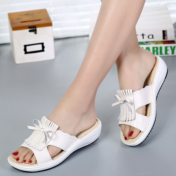 Women Leather Tassel Flat Sandals