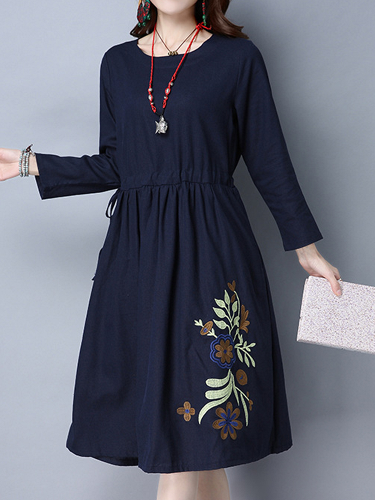 Folk Style Women Long Sleeve Floral Embroidery Dresses