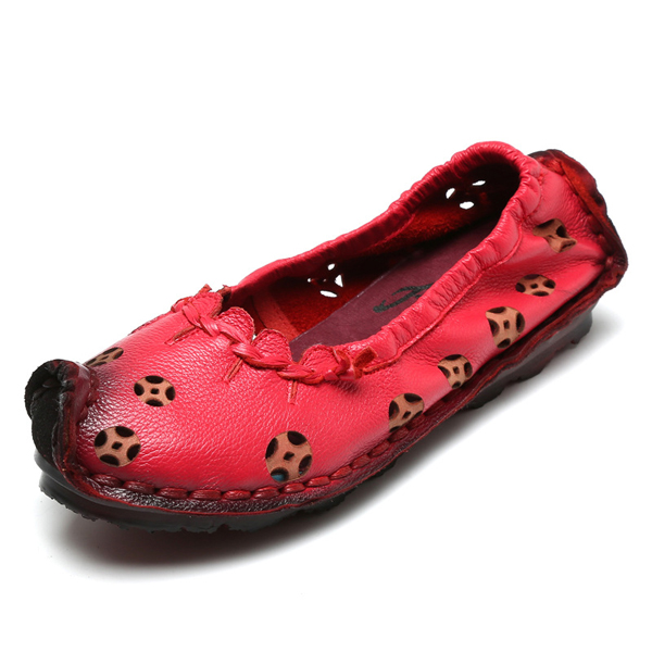 SOCOFY Leather Pure Color Hollow Out Retro Flat Shoes
