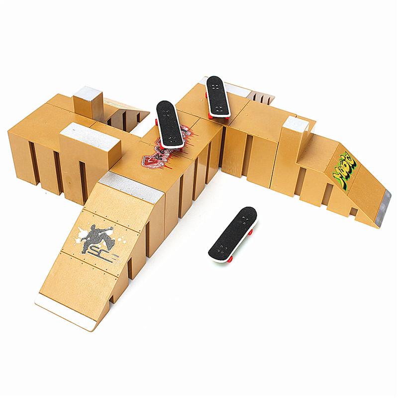 Skate Park Ramp Parts for Tech Deck Finger Board Finger Board Ultimate Parks 92C