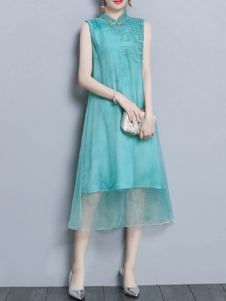 Chinese Style Embroidery Sleeveless Stand Collar Dress