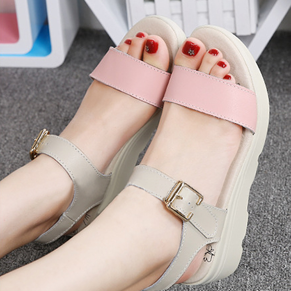 New Women Summer Comfortable Soft Casual Beach Outdoor Fashion Flats Sandals Shoes