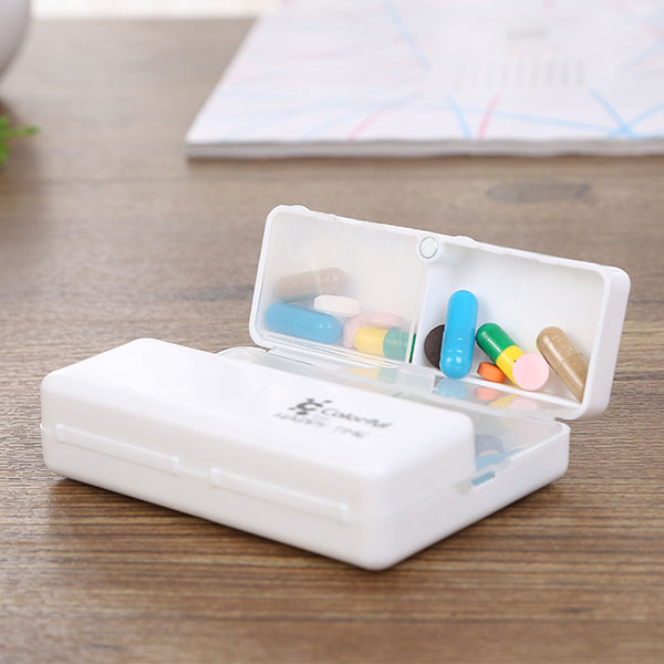 IPRee™ Portable Travel Pocket Pill Case 7 Grid A Week Medicine Storage Box Organizer
