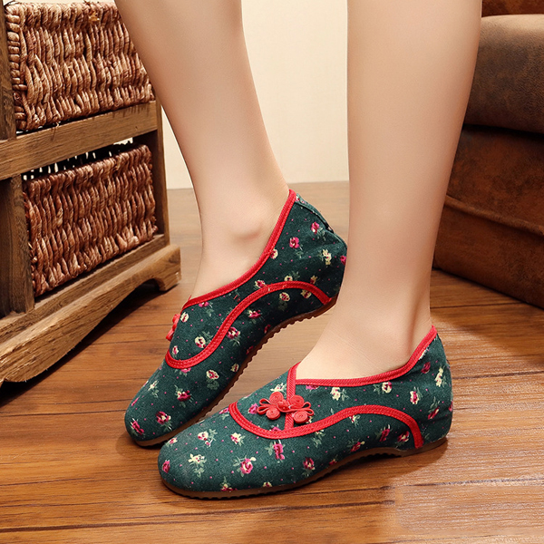 Folkways Flower Buckle Round Toe Casual Flat Shoes For Women
