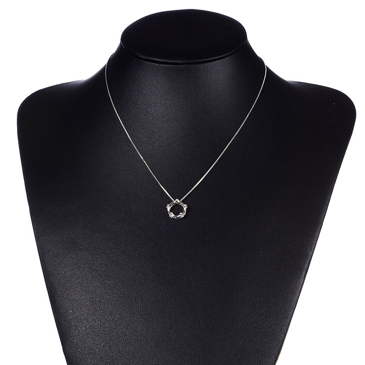 Trendy Silver Plated Necklace Dazzling Cubic Zirconia Crown