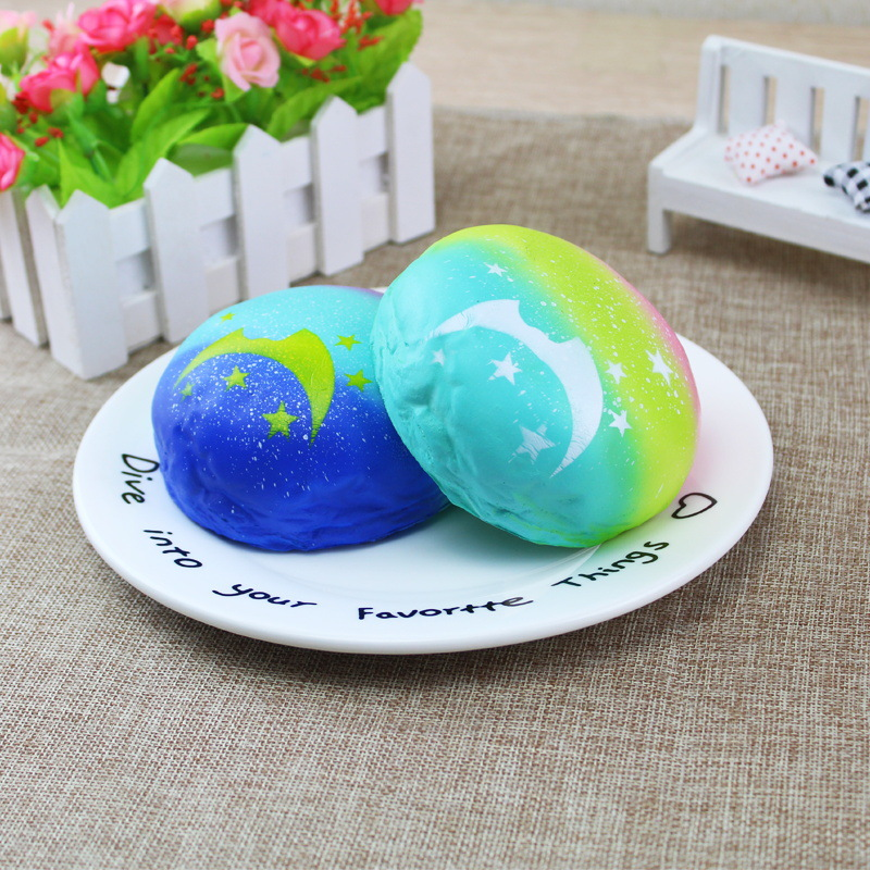 Squishy Starry Night Star Moon Bun Bread 9cm Gift Soft Slow Rising With Packaging Decor Toy