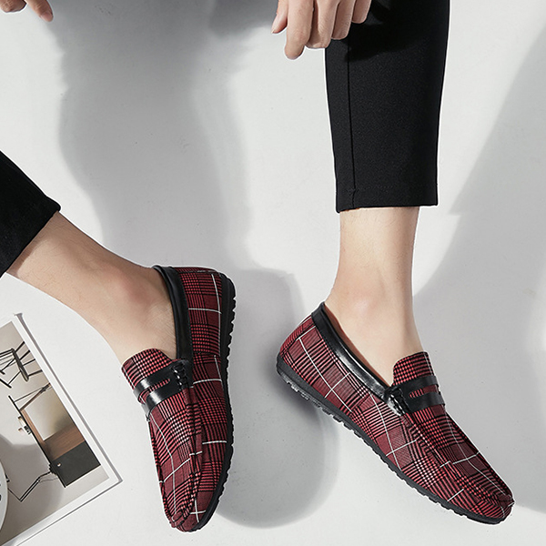 Men Soft Sole Breathable Plaid Pattern Flat Loafers