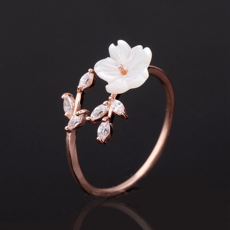Trendy Delicate Zirconia Crystal Ring Leaf Shell Flower