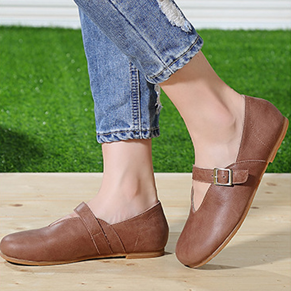 Women Flat Leather Shoes Round Toe Casual Outdoor Soft Loafers