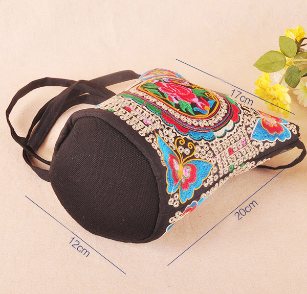 Women Embroidered National Style Crossbody Bag