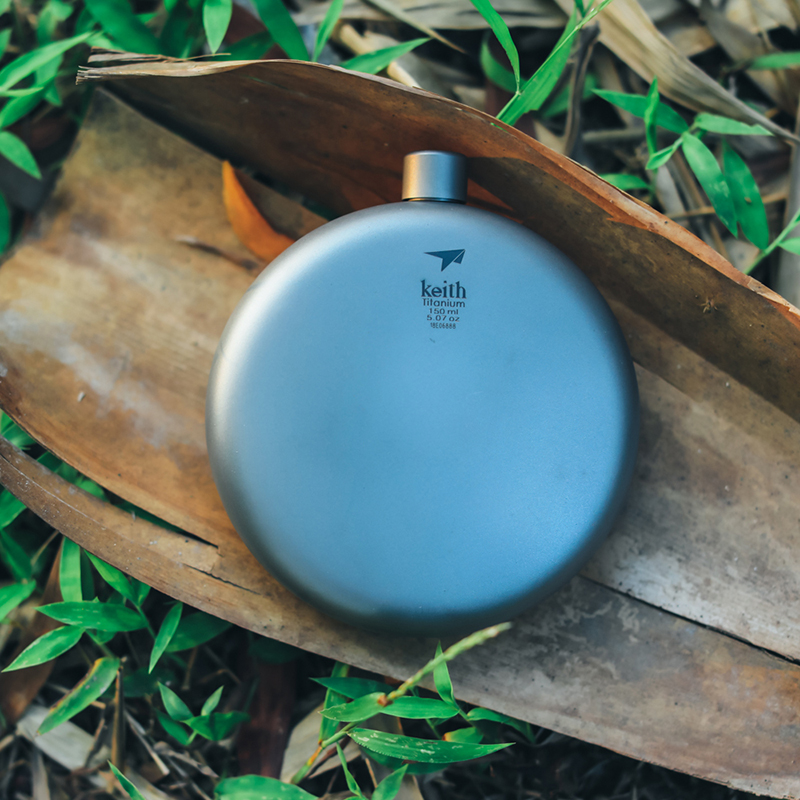 Keith Ti9302 Titanium 150ml Portable Hip Flask Round Flat Bottle Outdoor Camping Tableware