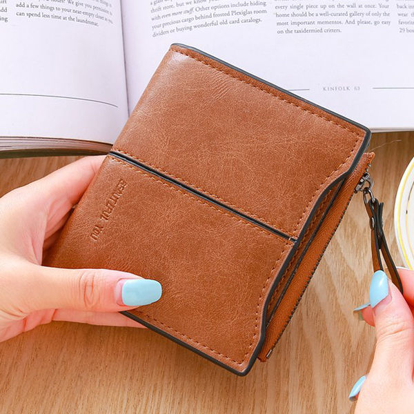 Women Short Simple Retro Personality Change Wallet Purse
