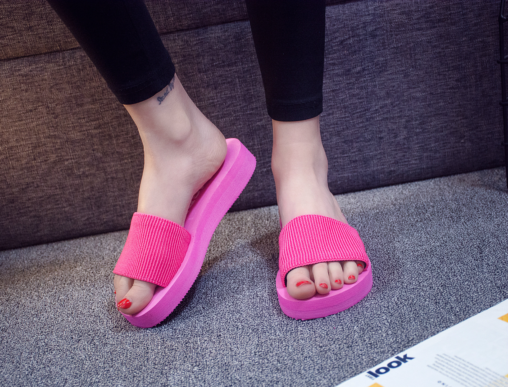 Women Summer One Word Drag Foam Sand Beach Slipper Non-slip EVA Muffled Thick Bottom Sandals