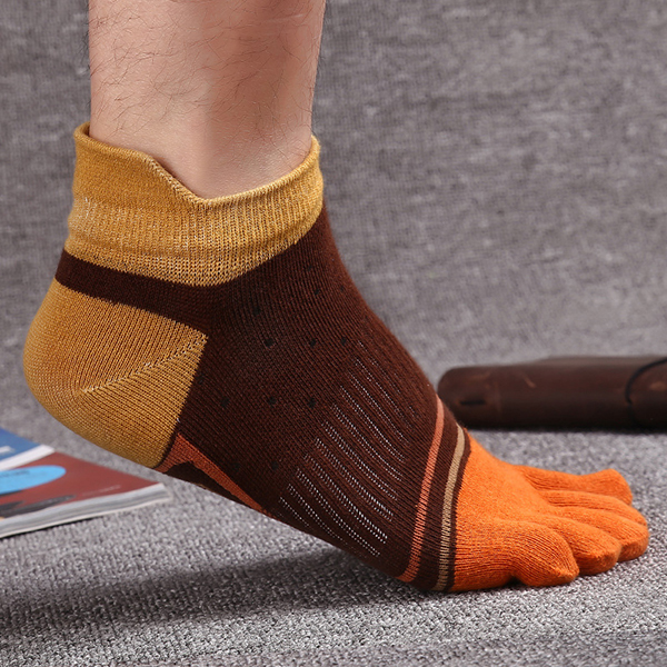Mens Fashion Five Toes Cotton Socks Spell Color Casual Comfortable Socks