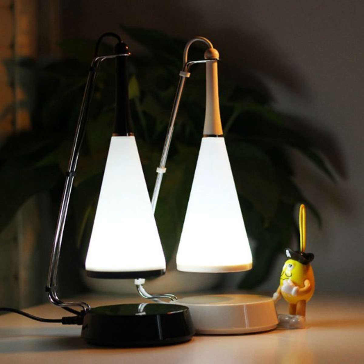 Qi Wireless Charging LED Light Touch Control USB Table Lamp Wireless bluetooth Speaker