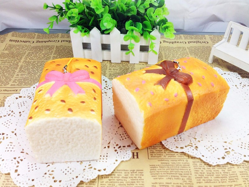 Squishy Sesame Toast Bread 12.5*7.5*6.3cm With Bowknot Slow Rising Toy Gift Decor