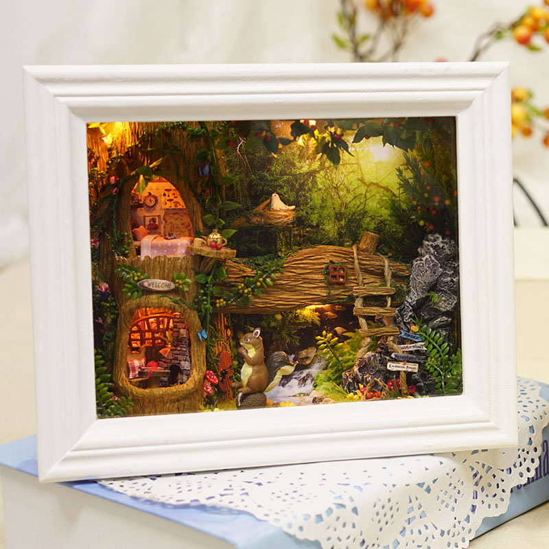 CuteRoom DIY Dollhouse Kit Photo Frame Design Decor Collection Gift Nut's Station