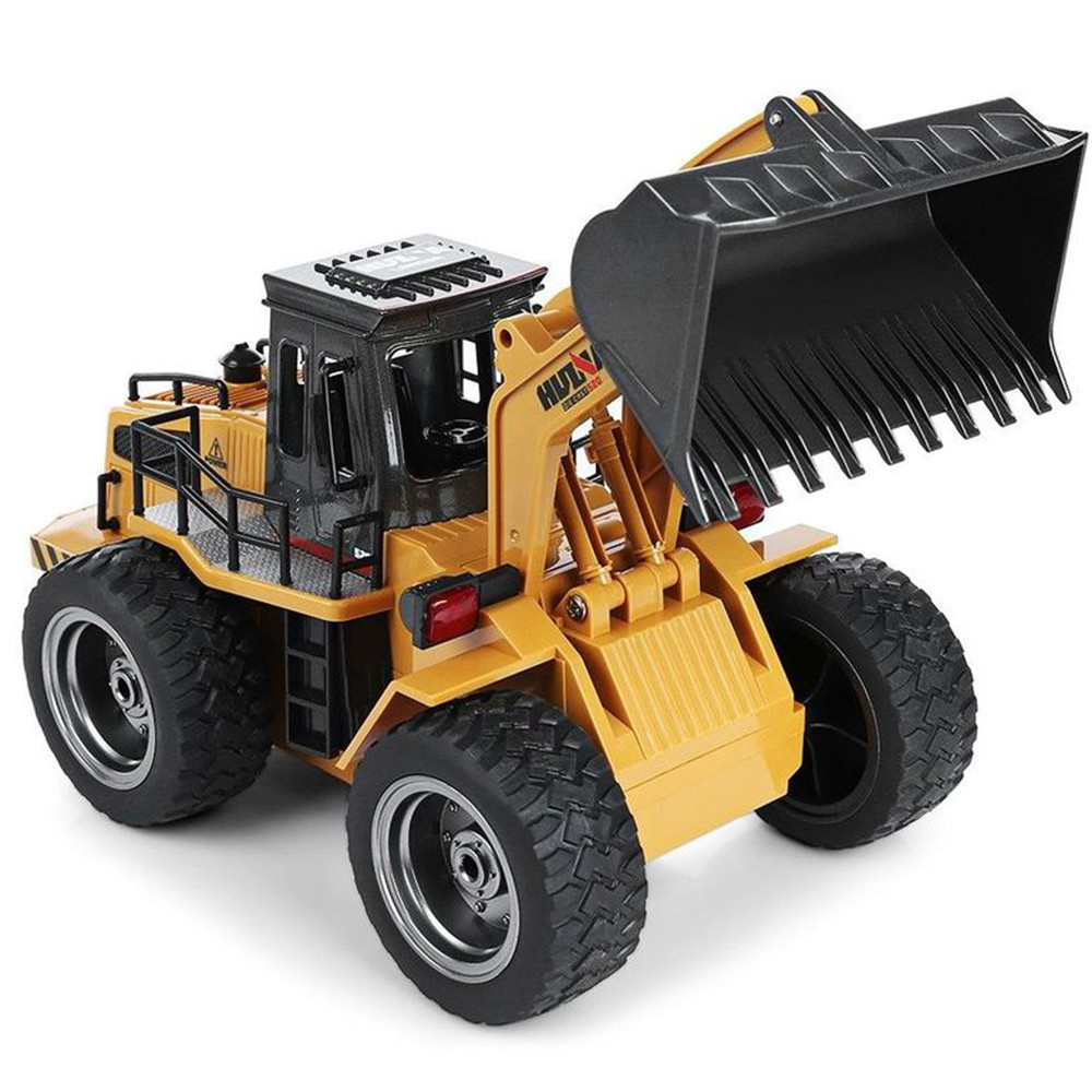 HuiNa Toys 583 6 Channel 1/18 RC Metal Bulldozer Charging RC Car Metal Edition - Photo: 3