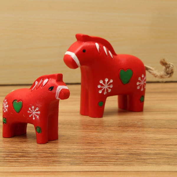 1 Pair Of Red Pony Horse Money Immediately Ornaments Decoration Shooting Props Resin Crafts