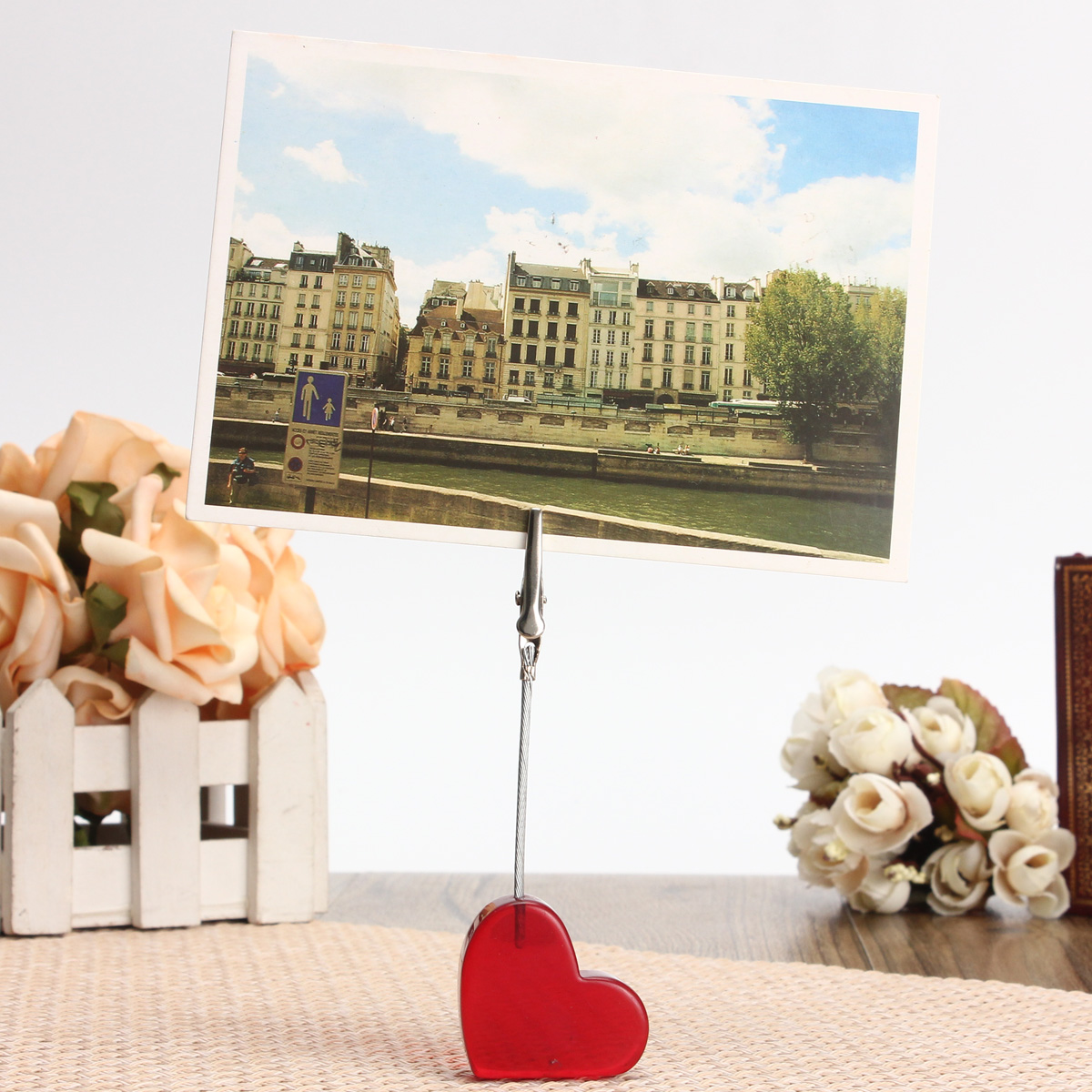 3Pcs Red Heart Pictures Resin Alligator Clip Card Stand Photo Card Holder Memo Paper Message Clip