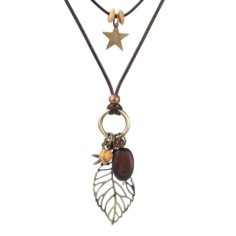 Vintage Hollow Leaf Pendant Women's Necklace Wood Star