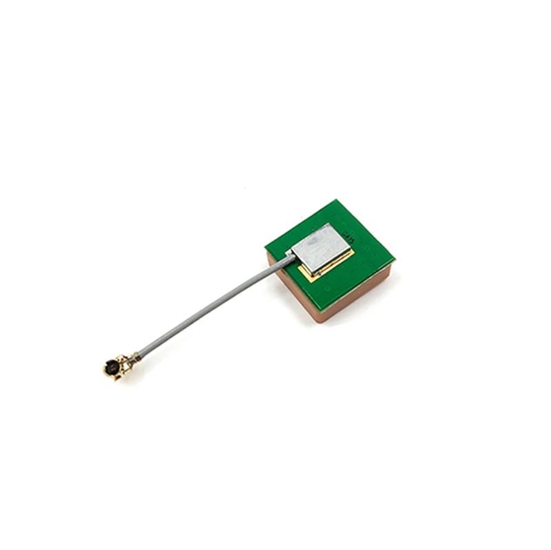 3cm 15*15*4mm 1st-IPEX 28dB High Gain RHCP Ceramic GPS Active Antenna BT-15 For RC Drone