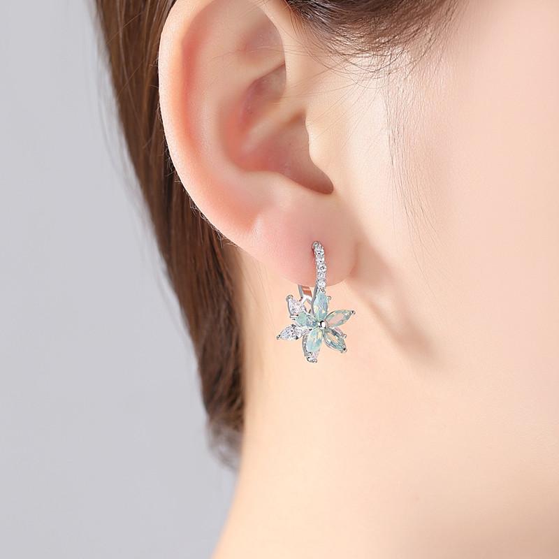 Fashion Flower Zirconia Silver Women's Earrings