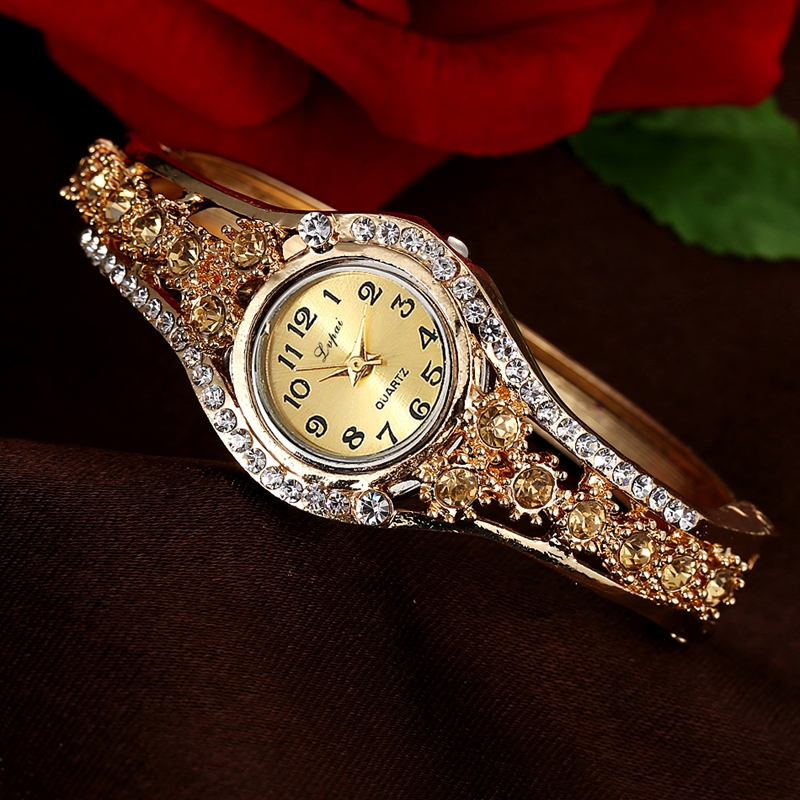 LVPAI XR1959 Fashionable Rhinestone Ladies Bracelet Watch