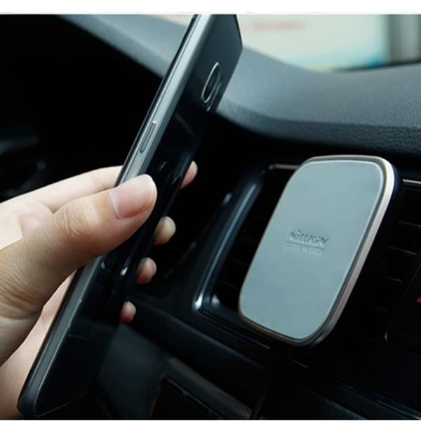 NILLKIN MC015 Black Car Magnetic Qi Wireless Charger Air Vent Mount For Phone