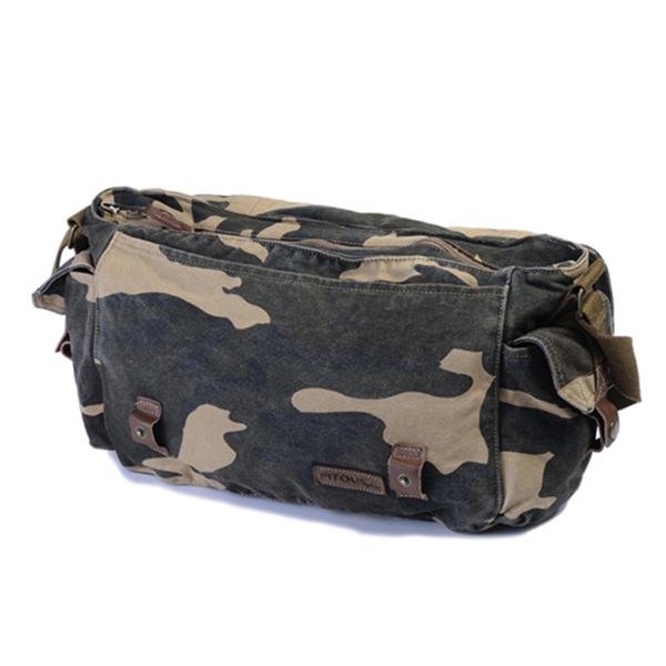 Waterproof Wash Camouflage Canvas Large Capacity Travel Bag Military Bag Crossbody Bag