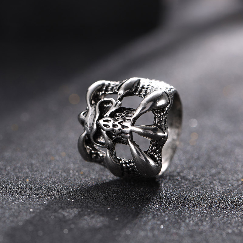 Halloween Punk Magic Dragon Ring Eight Claw Skeleton Gift Ring for Men